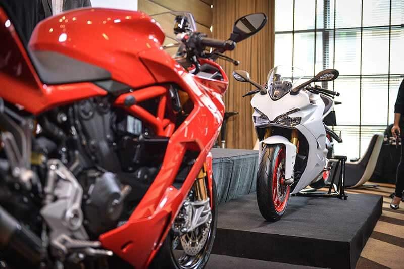 Ducati-SuperSport-3