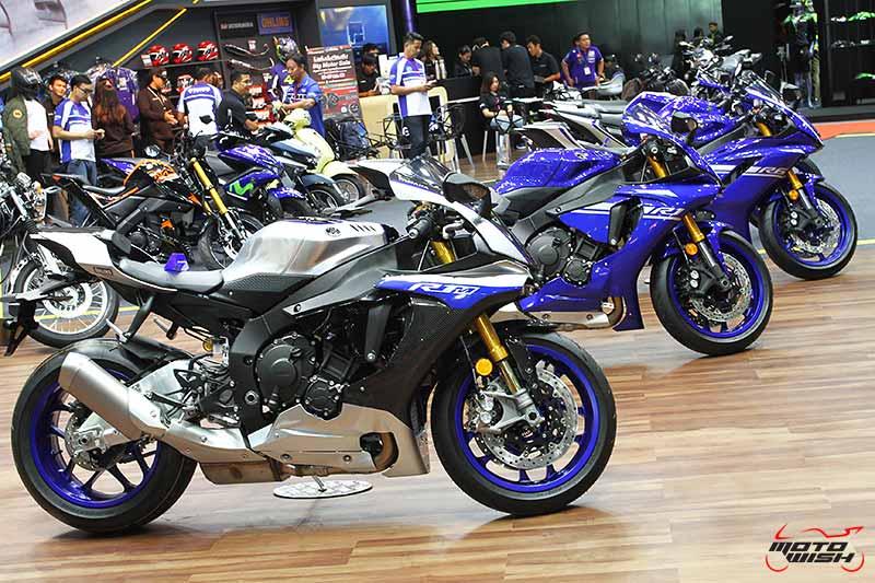 เร้าใจสุดๆ เปิดราคา Yamaha X-Max 300 ครั้งแรกในประเทศไทย 1.68 แสนบาท (Big Motor Sale 2017) | MOTOWISH 39