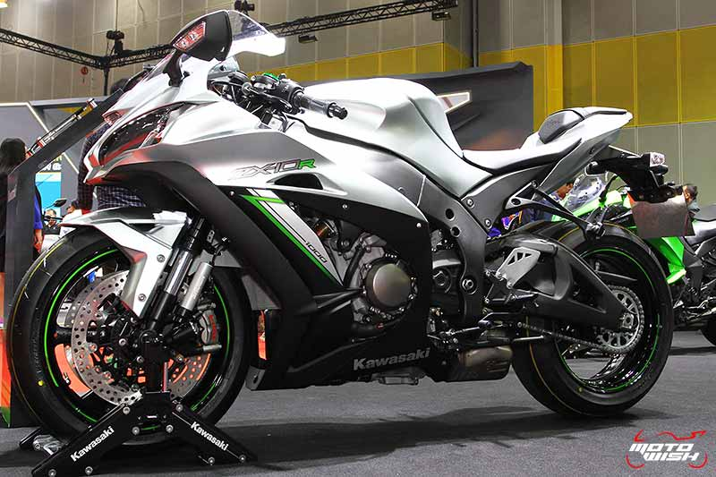 MotoWish-Promotion-Big-Motor-Sale-2017-Kawasaki-New-ZX10R-1