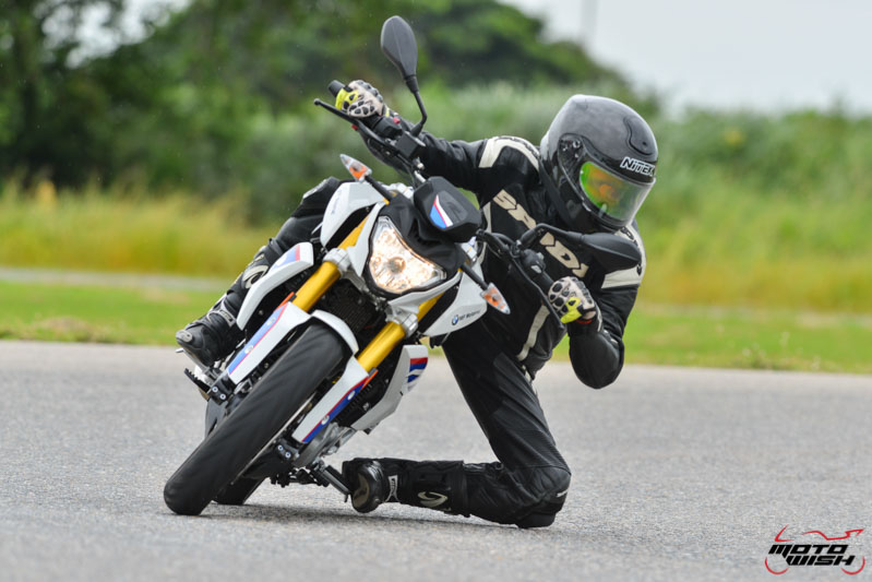 MotoWish-Review-BMW-G310R-2017-32