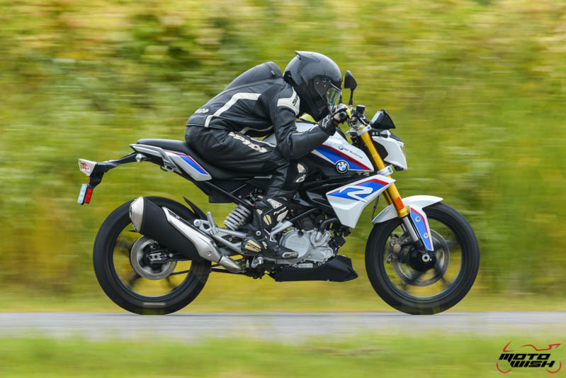 MotoWish-Review-BMW-G310R-2017-40