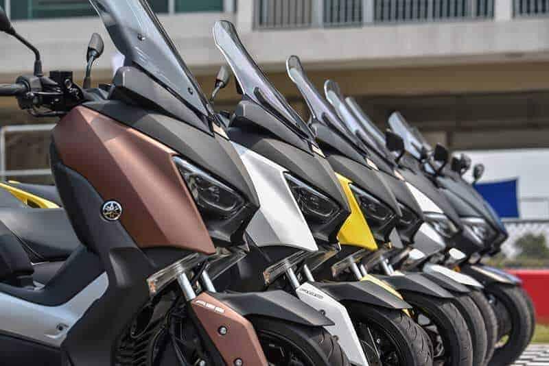 Yamaha X-MAX 300 สกู๊ตเตอร์ไบค์ในฝันที่หลายคนรอคอย พบกันแน่นอน 19 ส.ค. นี้ | MOTOWISH 105
