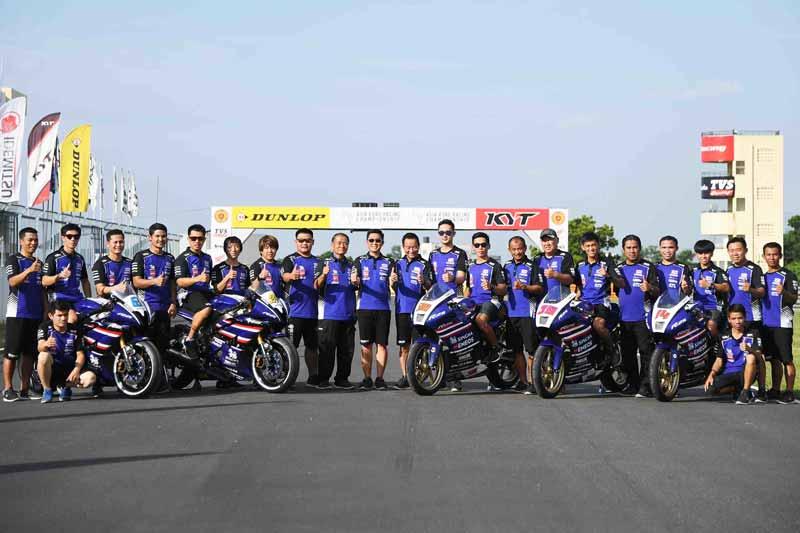 """ARRC 2017 Round 5 Yamaha Thailand Racing Team - Yamaha Thailand """"เบียร์ เฉลิมพล"""" ควบ R6 ซิวแต้มอันดับ 5 """"ตีอนุภาพ"""" ฟอร์มดีขึ้นโพเดี้ยมอันดับ2 - ระเบิดความมันส์กันอีกครั้งกับทัพนักบิดไทยอย่าง YAMAHA THAILAND RACING TEAM ในเกมการแข่งขันรถจักรยานยนต์ทางเรียบชิงแชมป์เอเชีย รายการ FIM Asia Road Racing Championship 2017 สนามที่ 5"""