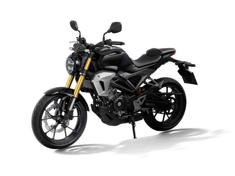 "Honda CB150R Styling 4 - เปิดตัวครั้งแรกในโลก Honda CB150R ทั้งรุ่นธรรมดา และรุ่นตกแต่งพิเศษ พร้อมรายละเอียดแบบจัดเต็ม - บริษัท เอ.พี. ฮอนด้า จำกัด ตอกย้ำผู้นำตลาดอันดับหนึ่งในไทย จัดงาน ""The ExMotion World Premier Launch"" เปิดตัวครั้งแรกของโลกกับ Honda CB150R สุดยอดรถจักรยานยนต์สายพันธุ์สปอร์ตที่ผสมผสาน"