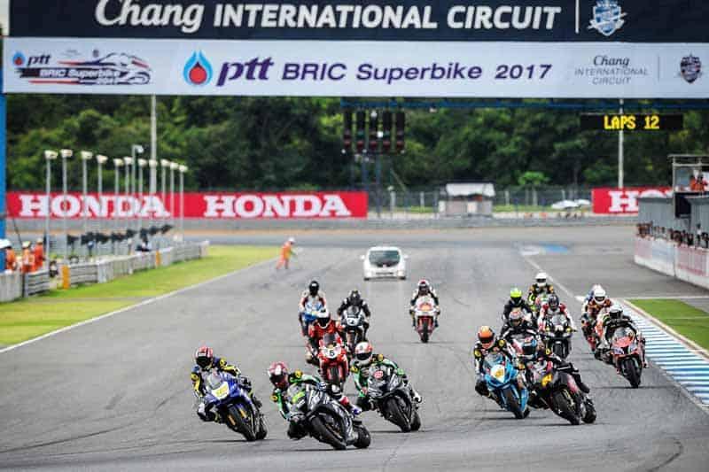 ระเบิดความมันส์ ถ่ายทอดสดการแข่งขัน PTT BRIC Superbike Championship 2017 สนามที่ 3 | MOTOWISH 15