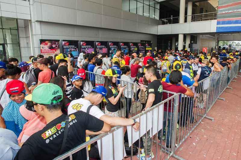 บินลัดฟ้าไปดู MotoGP พร้อมที่พัก 2 วัน 1 คืน สนามเซปัง มาเลเซีย ด้วยเงินเพียง 7,999 บาท เท่านั้น !!! | MOTOWISH 19
