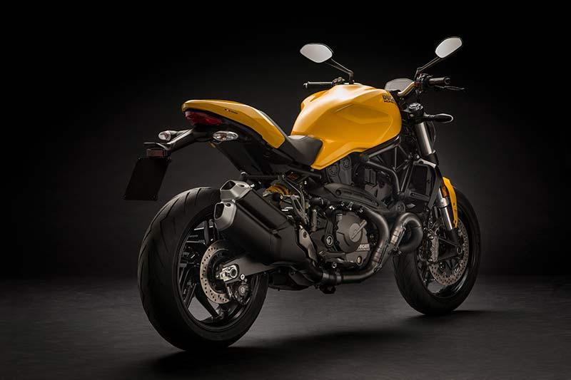 Ducati-Monster-821-2018-5