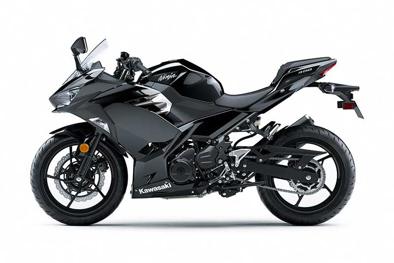Kawasaki-Ninja-400-2018-1