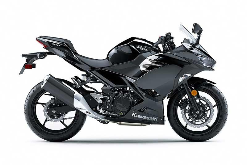 Kawasaki-Ninja-400-2018-3