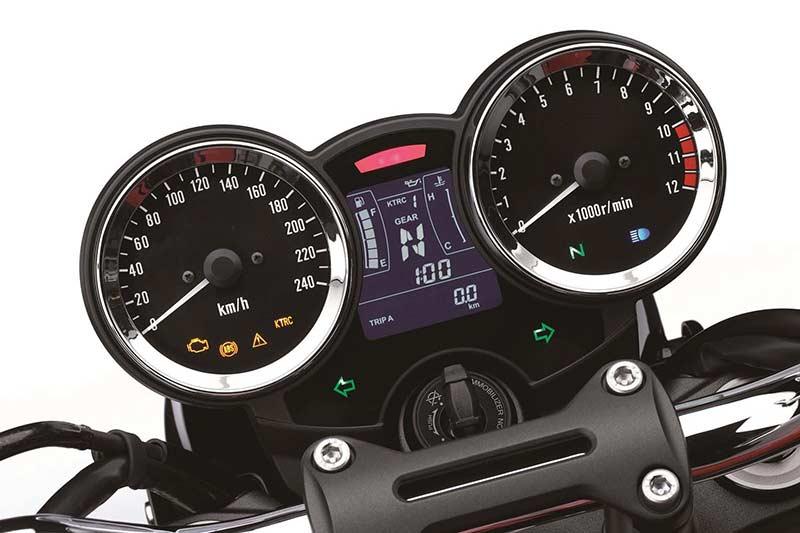 Kawasaki Z900RS 10 - เจาะรายละเอียด ชมรูป และวิดีโอ Kawasaki Z900RS 2018 ตำนานที่หวนกลับมาอีกครั้ง - ในที่สุดก็เผยโฉมอย่างเป็นทางการในงานโตเกียว มอเตอร์โชว์ ประเทศญี่ปุ่น Kawasaki Z900RS 2018 รถสไตส์เรทโทรที่แฝงจิตวิญญาณของ Z1 ในตำนาน ผสานการดีไซน์อันทันสมัยได้อย่างลงตัว