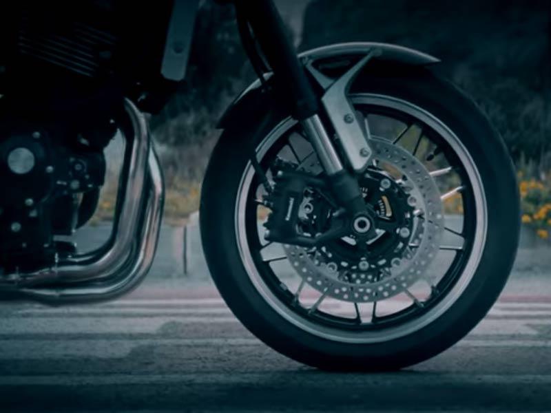 ทีเซอร์ตัวที่ 2 ของ Kawasaki Z900RS 2018 เปิดให้เห็นช่วงล่างด้านหน้า และท่อไอเสีย เตรียมเปิดตัว 25 ต.ค. | MOTOWISH 20