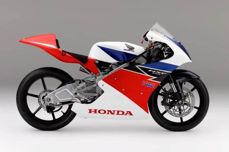 MotoWish-Honda-NSF250R-Racing-Machine