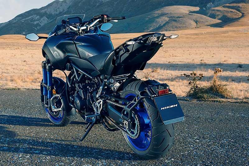 Yamaha Niken 2 - เผยโฉม Yamaha Niken รถ 3 ล้อสุดล้ำ ได้รับการยืนยัน ทำขายแน่นอน!! - หนึ่งในจักรยายนต์สุดล้ำที่ได้รับกล่าวถึงเป็นอย่างมาก นั่นคือ Yamaha Niken เจ้า 3 ล้อคันโต ที่เคยเห็นผ่านตาในรูปแบบรถคอนเซ็ป Yamaha MWT-9 ที่งานโตเกียว มอเตอร์โชว์ เมื่อปี 2015 ล่าสุดงานโตเกียว มอเตอร์โชว์ 2017 ค่าย Yamaha เผยโฉม