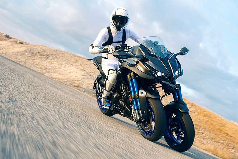 Yamaha Niken 8 - เผยโฉม Yamaha Niken รถ 3 ล้อสุดล้ำ ได้รับการยืนยัน ทำขายแน่นอน!! - หนึ่งในจักรยายนต์สุดล้ำที่ได้รับกล่าวถึงเป็นอย่างมาก นั่นคือ Yamaha Niken เจ้า 3 ล้อคันโต ที่เคยเห็นผ่านตาในรูปแบบรถคอนเซ็ป Yamaha MWT-9 ที่งานโตเกียว มอเตอร์โชว์ เมื่อปี 2015 ล่าสุดงานโตเกียว มอเตอร์โชว์ 2017 ค่าย Yamaha เผยโฉม