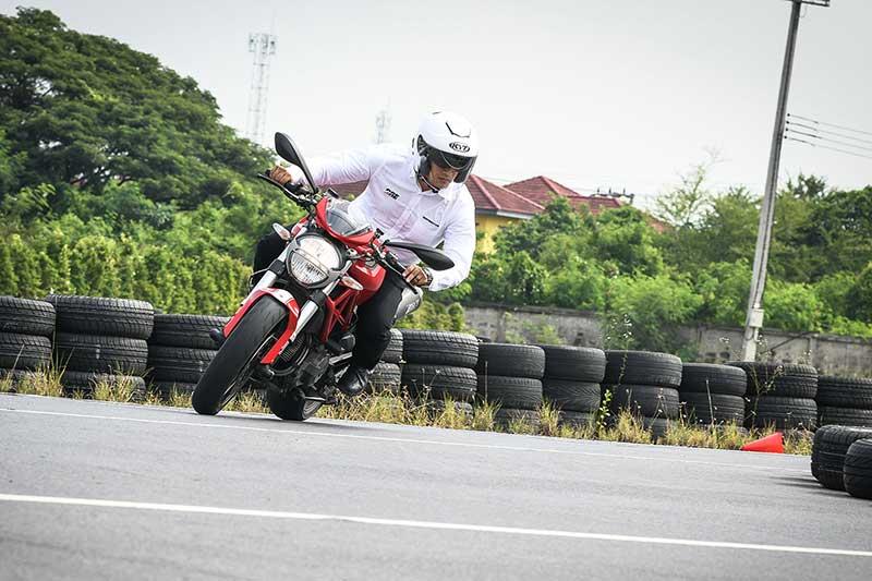 Ducati จับมือ KYT ร่วมรณรงค์ขับขี่ปลอดภัยในหลักสูตร DRE ด้วยหมวกกันน็อคมาตรฐานสนามแข่ง MotoGP | MOTOWISH 1