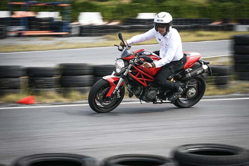 Ducati จับมือ KYT ร่วมรณรงค์ขับขี่ปลอดภัยในหลักสูตร DRE ด้วยหมวกกันน็อคมาตรฐานสนามแข่ง MotoGP | MOTOWISH 2