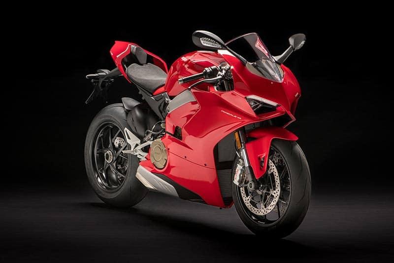 Ducati Panigale V4 เปิดตัวเต็มคัน บิดมันส์เต็มสูบ | MOTOWISH 44