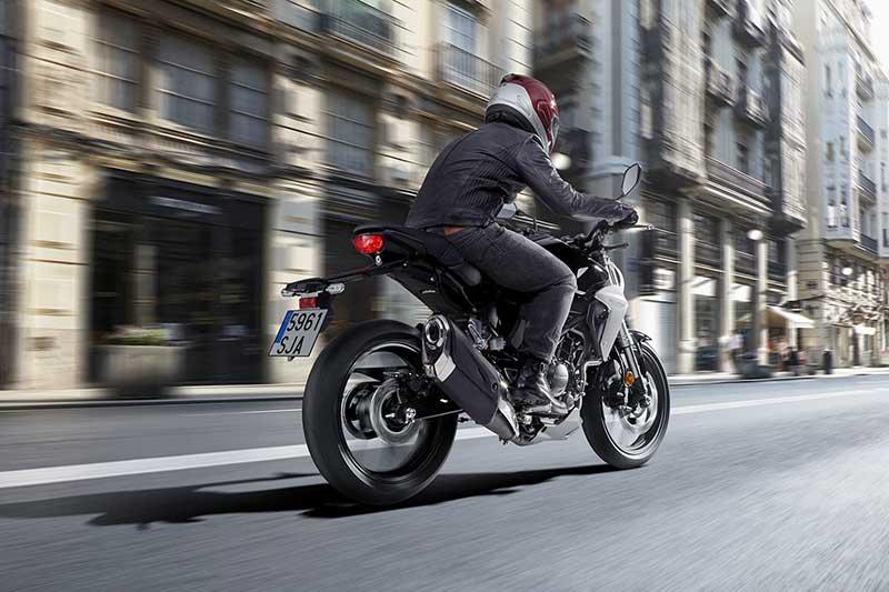 Honda CB300R เน็คเก็ตไบค์สุดเท่ เทสไตส์มาจาก CB1000R | MOTOWISH 48