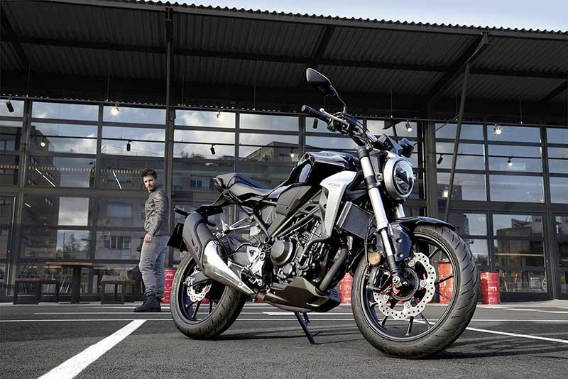 Honda-CB300R-6