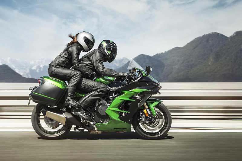 207 ม้า พาเพลิน!! Kawasaki H2 SX & SE ที่สุดของสปอร์ตทัวริ่ง สายพันธุ์ซุปเปอร์ชาร์จ | MOTOWISH 21