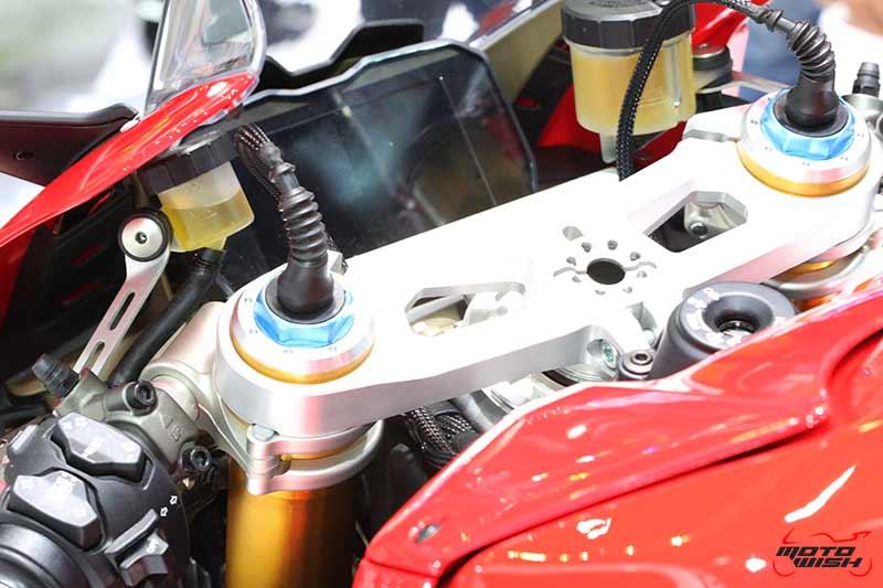 Ducati เผยโฉม Panigale V4 ครั้งแรกในไทย พร้อมเปิดราคาขายเริ่มต้น 949,000 บาท (Motor Expo 2017) | MOTOWISH 3