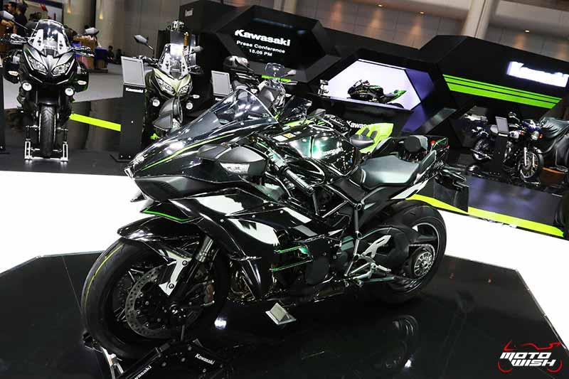 MotoWish-Motor-Expo-2017-Kawasaki-H2