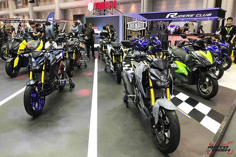 """MotoWish Motor Expo 2017 Yamaha M Slaz Color - Yamaha เปิดตัวบิ๊กไบค์ใหม่ 2 รุ่น SCR950, XSR700 พร้อม M-SLAZ Limited Edition และ AEROX 155 สีใหม่ (Motor  Expo 2017) - ยามาฮ่าปลุกกระแสแห่งความเร้าใจครั้งใหม่ด้วยบูธแสดงภายใต้แนวคิด """"Yamaha Riders' Community"""" ยกทัพรถจักรยานยนต์หลากหลายรุ่นครบซีรีย์ให้สาวกยามาฮ่าได้สัมผัสกันอย่างเต็มพิกัด พร้อมดึง Johann Zarco"""