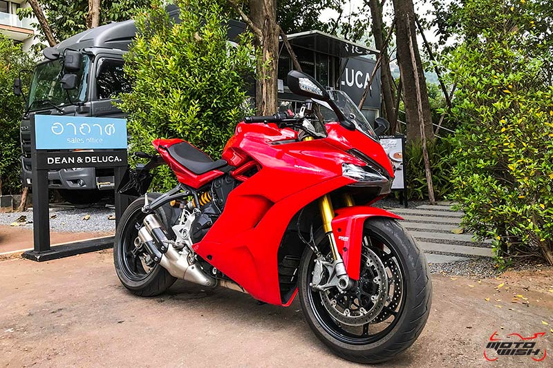 MotoWish-Review-Ducati-Supersport-S-2017-15