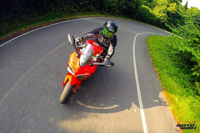 รีวิว Ducati Supersport S 2017 สปอร์ตไบค์ฟังก์ชั่นทัวร์ริ่ง ฟิลลิ่งสุดเร้าใจ   MOTOWISH 37