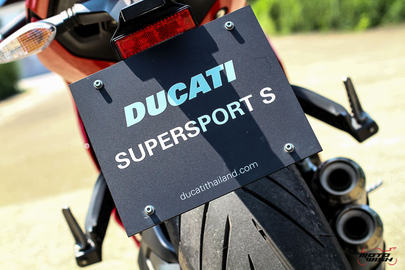 MotoWish-Review-Ducati-Supersport-S-2017-30