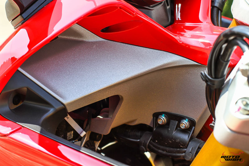 MotoWish-Review-Ducati-Supersport-S-2017-38