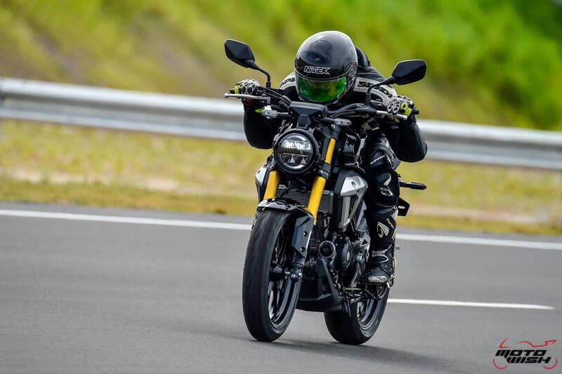 MotoWish-Review-Honda-CB150R-2017-3