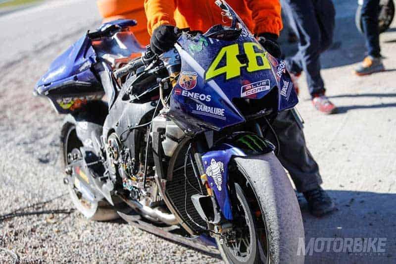Valentino-Rossi-crash-Test-Valencia-MotoGP-2018-1