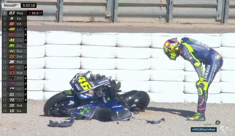 Valentino-Rossi-crash-Test-Valencia-MotoGP-2018-2