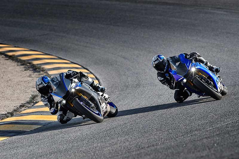 Yamaha R1 & R1M 2018 อัพเกรดออฟชั่น ยกระดับความมันส์ในการขับขี่   MOTOWISH 44