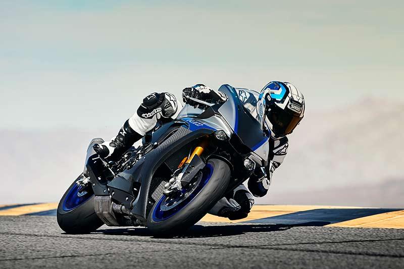 Yamaha-R1M-2018-2