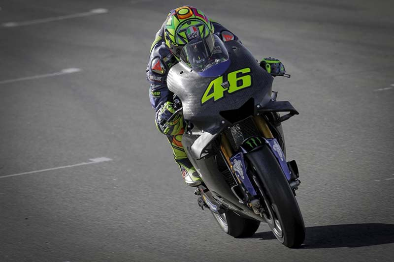 rossi-motogp-test-valencia-day-1