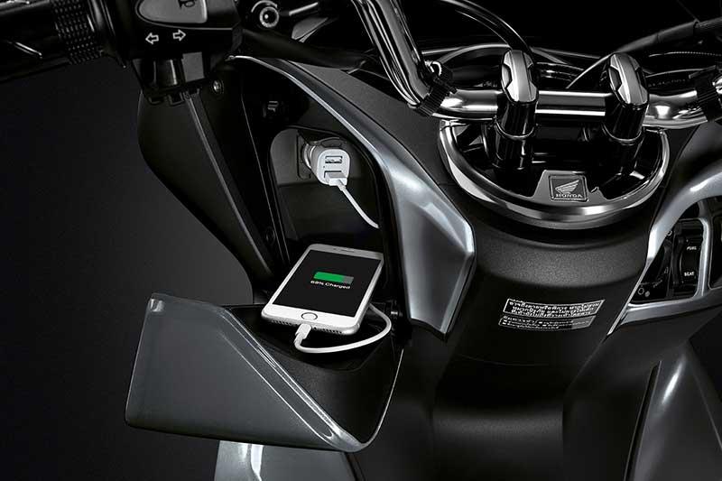 "Honda เปิดตัว ""All New PCX150"" ที่สุดของเทคโนโลยี และดีไซน์หรูที่เป็นหนึ่งเดียว   MOTOWISH 55"