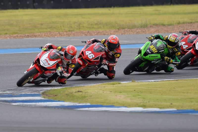 MotoWish-Asia-Road-Racing-2017-Round-6-AP250-No.31