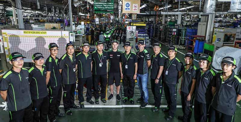MotoWish-Jonathan-Rea-Kawasaki-Thailand-Factory-Rayong