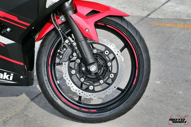 MotoWish Kawasaki-Ninja-400 (19)
