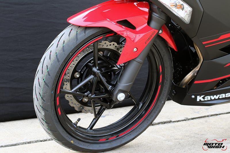MotoWish Kawasaki-Ninja-400 (6)