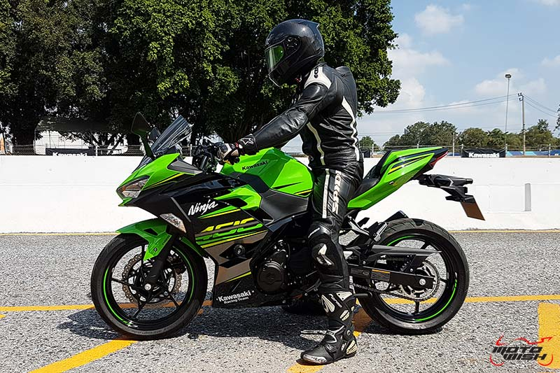 MotoWish-Review-Ninja-400-2018-41