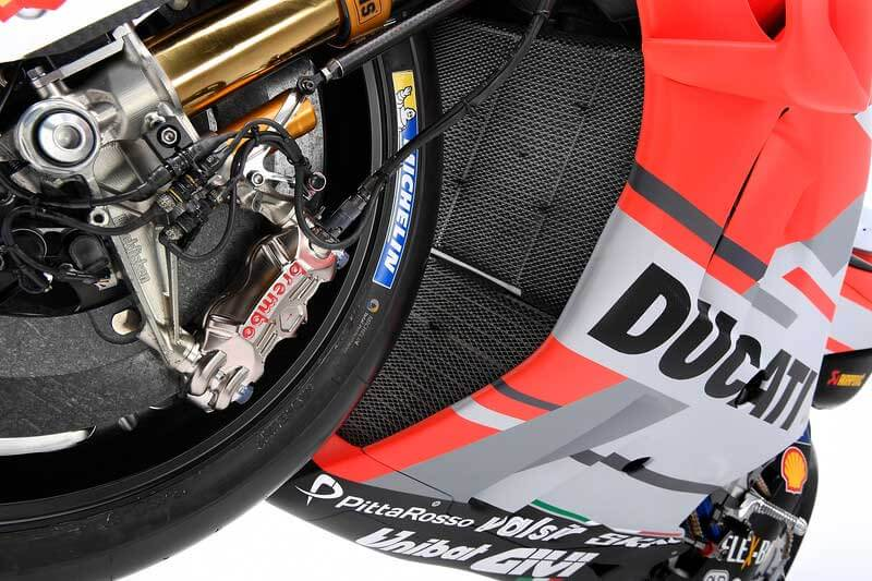 Ducati เปิดตัวเครื่องจักรสังหาร Desmosedici GP18 สวยล้ำ ทันสมัยในทุกมุมมอง | MOTOWISH 8