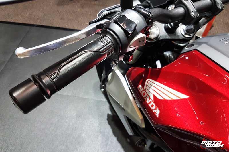MotoWish-Honda-CB300R-2018-Price-11