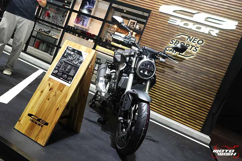 เปิดตัวรถ Honda CB300R 2018 Neo Sport Cafe' คราฟต์ให้สุดตัว | MOTOWISH 10