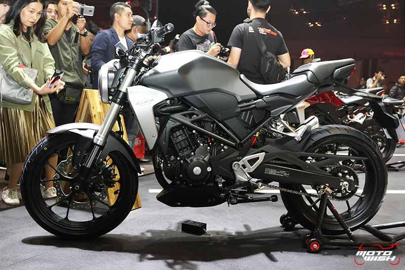 เปิดตัวรถ Honda CB300R 2018 Neo Sport Cafe' คราฟต์ให้สุดตัว | MOTOWISH 6