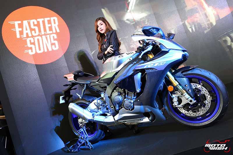 MotoWish-New-Yamaha-YZF-R1M-BMF-2018