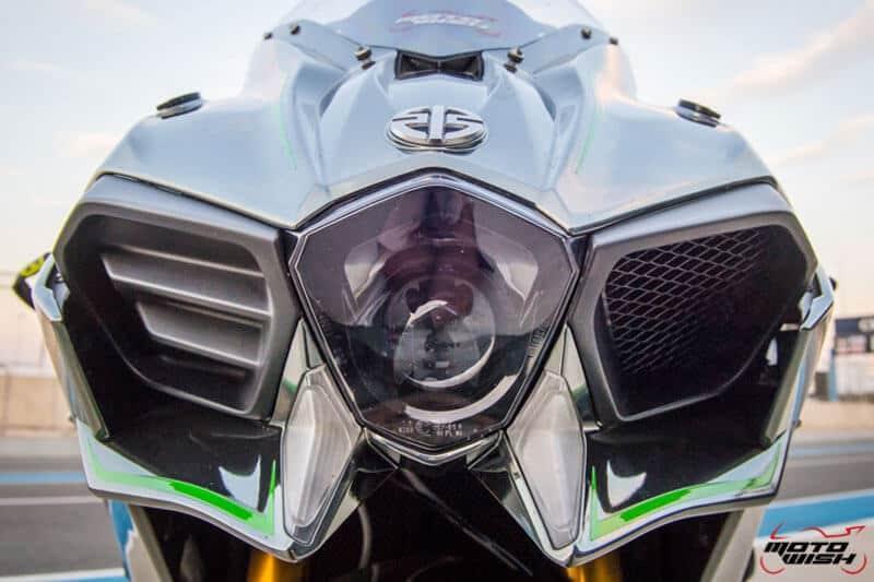 รีวิว Kawasaki Ninja H2 Trick Star : 258 แรงม้า ขีดสุดของความแรง คันแรกของเมืองไทย Full HD   MOTOWISH 27