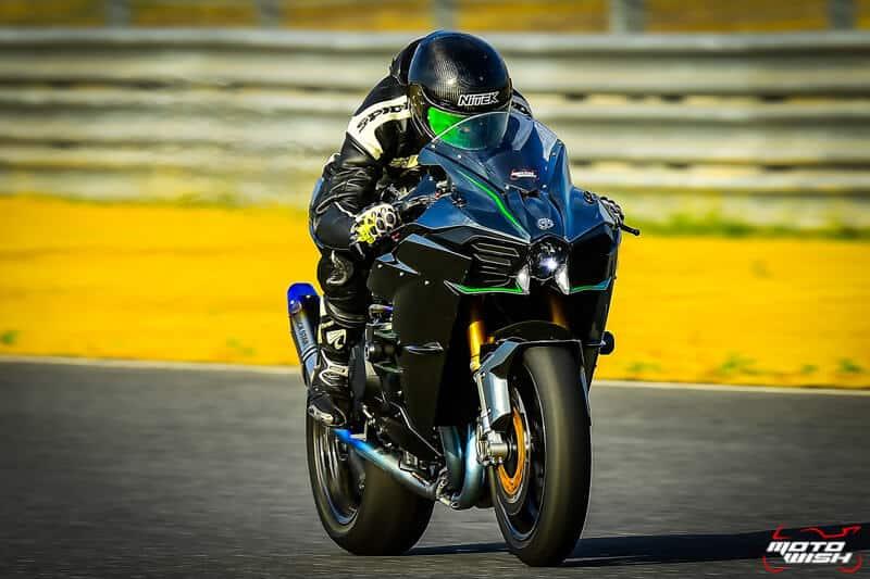 รีวิว Kawasaki Ninja H2 Trick Star : 258 แรงม้า ขีดสุดของความแรง คันแรกของเมืองไทย Full HD   MOTOWISH 12